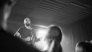 Pokáč zazpíval své internetové hity v Ostravě