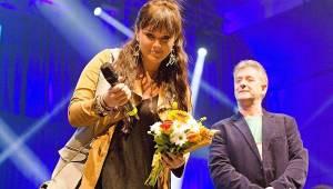Žebřík 2016: Ewa Farna a Tomáš Klus mají po třech cenách, vítězili i Skyline, Hentai Corporation nebo Pokáč