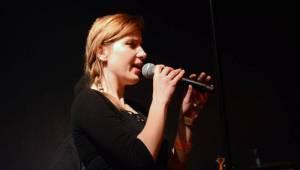 Úspěšné turné Ovoce a UDG vyprodalo Lucerna Music Bar, zazpívat si přišel i Xindl X