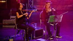 Arakain v Českých Budějovicích zahráli unplugged