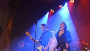 Arakain odehrál první ze dvou plzeňských koncertů, před thrashovou jízdou si je Šeříkovka poslechla unplugged