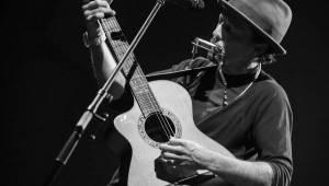 Držitel Grammy Jason Mraz potěšil svými písničkami Forum Karlín