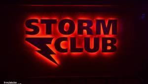 Žižkovská noc zahýbala Stormem! Imodium, Plexis i Totální nasazení roztančili fanoušky