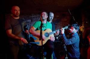 Wohnout potěšili akustickým koncertem i pražské publikum