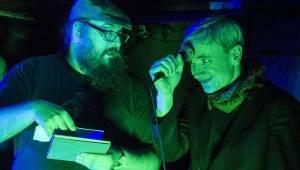 Album projektu Abendland bylo v Praze pokřtěno Vltavou, nechyběli u toho Jan Kunze, Terezie Kovalová, Milan Cais a další