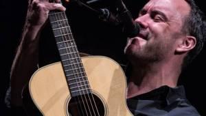 Dave Matthews zahrál s Timem Reynoldsem konečně v Praze. Divákům se omlouval za Trumpa