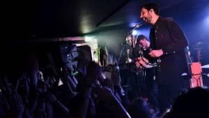 V natřískaném Rock Café udeřily vycházející hvězdy Counterfeit