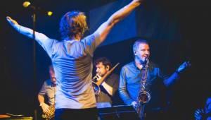 J.A.R. eskalovali dobro v Lucerna Music Baru, desku jim pokřtil Matěj Ruppert