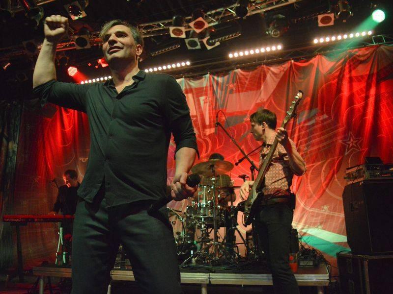 MIG 21 při tradiční jarní návštěvě Lucerna Music Baru opět roztančili fanoušky