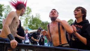 V Poličce se 20 let zpívá a tančí u bazénu, tentokrát hráli Michal Ambrož, Mňága a Žďorp nebo Circus Brothers