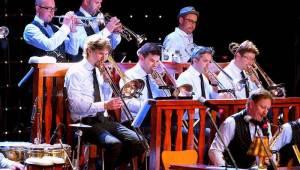 Vojta Dyk a B-Side Band rozvášnili publikum Smetanovy Litomyšle