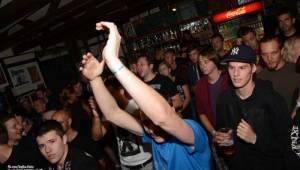 Za koule punk fest hostil v Modré Vopici SPS, The Fialky, Punk Floid i Houbu