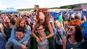 Hrady CZ na Švihově: V pátek fanoušky rozohnili Rybičky 48, Visací zámek nebo Smrtislav
