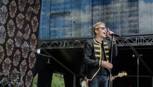 Hrady CZ: Na Rožmberku sklidil největší aplaus Tomáš Klus, sobotní program završili Mig 21