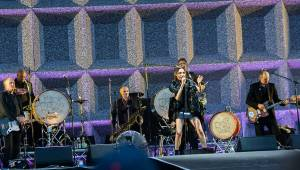 Sziget, den třetí: Nabušení Kasabian, smělá PJ Harvey a Klara And The Pop jako česká stopa na festivalu