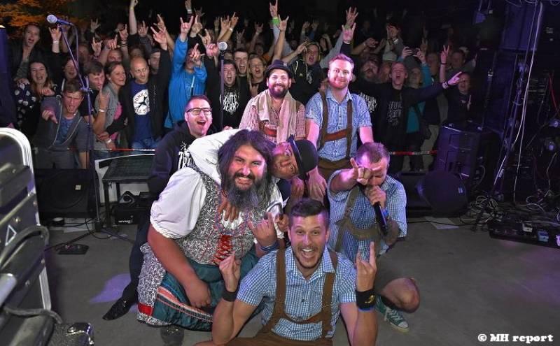 Prasofest na Vlčtejně ovládla skupina Trautenberk