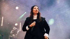 Hrady CZ: Atmosféru v Hradci nad Moravicí si pochvalovaly Anna K. i Lucie Bílá, hráli také Wohnout nebo Richard Müller