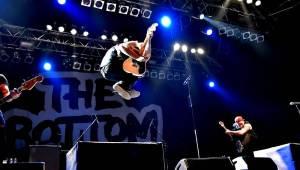 The Offspring po šesti letech v Praze: Punkeři zaplnili Malou sportovní halu