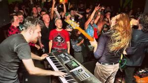 Hentai Corporation, The Atavists a Mama's Project rozjeli divokou party ve Vrchlabí