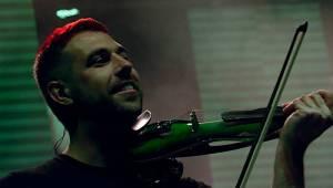 Divokej Bill v Úvalech završil turné, fanouškům servíroval hity i nové album Tsunami