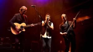 Mike + The Mechanics se proletěli pražskou Lucernou