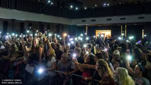 Slza rozezpívala v Jirkově celé divadlo, předvedla i novinku Holomráz z chystané desky