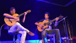 Master Guitar hráli v plzeňské Šeříkovce slavné rockové hity od Iron Maiden, Helloween i Metalliky