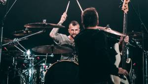 LIVE: Chinaski zahájili své dosud největší turné ve vyprodané Ostravar aréně