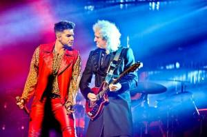 Queen a Adam Lambert v Praze oživili legendární hity
