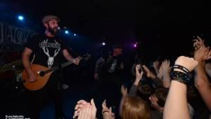 Vyprodané Rock Café: The Rumjacks se vrátili do Prahy