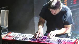 David Koller dostal v Brně za skvělý výkon hromadu kalhotek a podprsenku