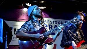 Deva Mahal míchala v Jazz Docku blues s r'n'b i jazzem
