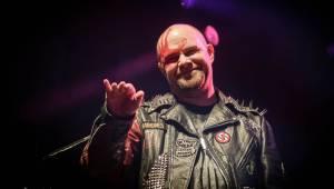 Titáni Five Finger Death Punch dorazili do Prahy. Fanoušky čekala skvělá světelná i vizuální show