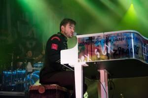 Marek Ztracený přivedl na výroční koncert do Fora Karlín i Karla Gotta