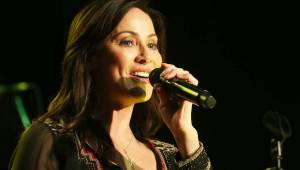Natalie Imbruglia se s Torn a dalšími hity zastavila v trenčínském Piano Clubu