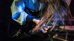 Sundara Karma a Blaenavon debutovali v Praze. Indie rockem rozduněli Chapeau Rouge