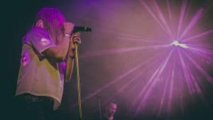 Skyline roztančili vyprodaný klub Roxy svým tradičním vánočním koncertem