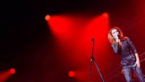 Jelen,  Kateřina Marie Tichá a Debbi, to je záruka zábavy a skvělé hudby. Potvrdilo se to ve Foru Karlín