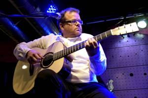 Blue Shadows pokračoval v Jazz Docku i ve středu večer