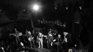 Skupina dobře vypadajících mužů Poletíme? přivedla fanoušky v Plzni do varu
