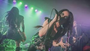 Britské punkerky The Sex Pissed Dolls rozburácely Rock Café hity od Sex Pistols nebo Nirvany