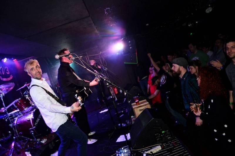Den svatého Patrika v Praze vyvrcholil v Rock Café, zahráli Blood Or Whiskey nebo Travis O'Neill