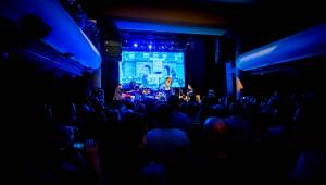 Dan Bárta s Illustratosphere přenesli diváky v Akropoli na vlastní planetu