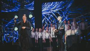 Anna K. odstartovala turné Moje světlo v Ostravě za doprovodu dětí i Miraie Navrátila