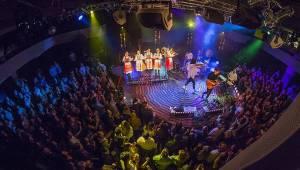 Billy Barman se v Praze předvedli spolu se slovenskými zpěvačkami