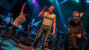 J.A.R. vyeskalovali dobro ve vyprodaném Lucerna Music Baru