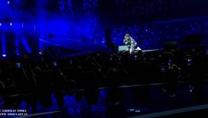 Leoš Mareš předvedl v O2 areně skvělou vizuální show