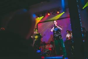 Chaozz v Ostravě: Hiphopová ikona devadesátých let se vrátila na pódia s živou kapelou v zádech