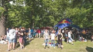 Plzeňskému Majálesu přálo počasí. Diváky svými koncerty potěšili Marpo, Rybičky 48, Mig 21, Divokej Bill a mnozí další