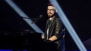 Finálovou desítku SuperStar opustili první dva soutěžící, zazpíval také Pavel Callta